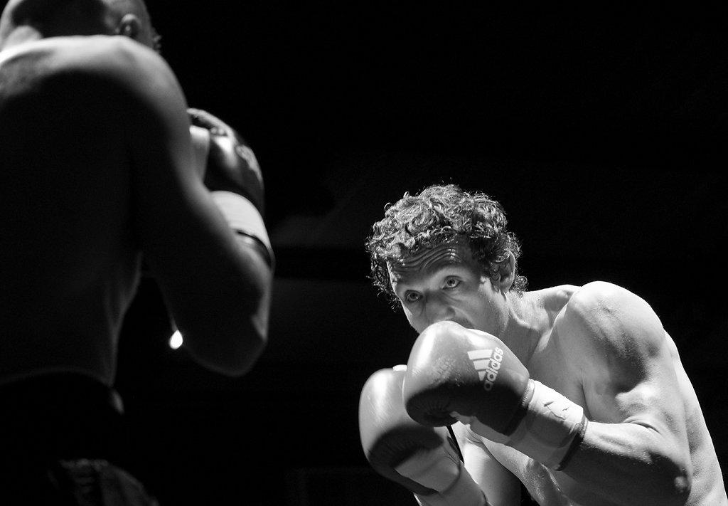 De cuir et de lumière, boxe, boxe...